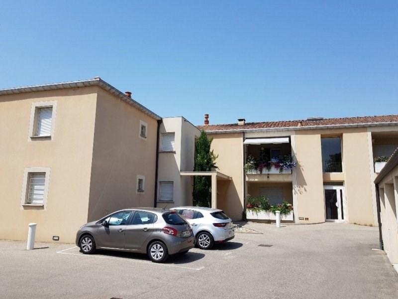 Rental apartment Rognonas 700€ CC - Picture 1