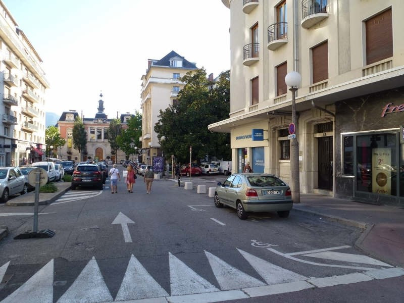 Location local commercial Chambery 3 537€ HT/HC - Photo 4