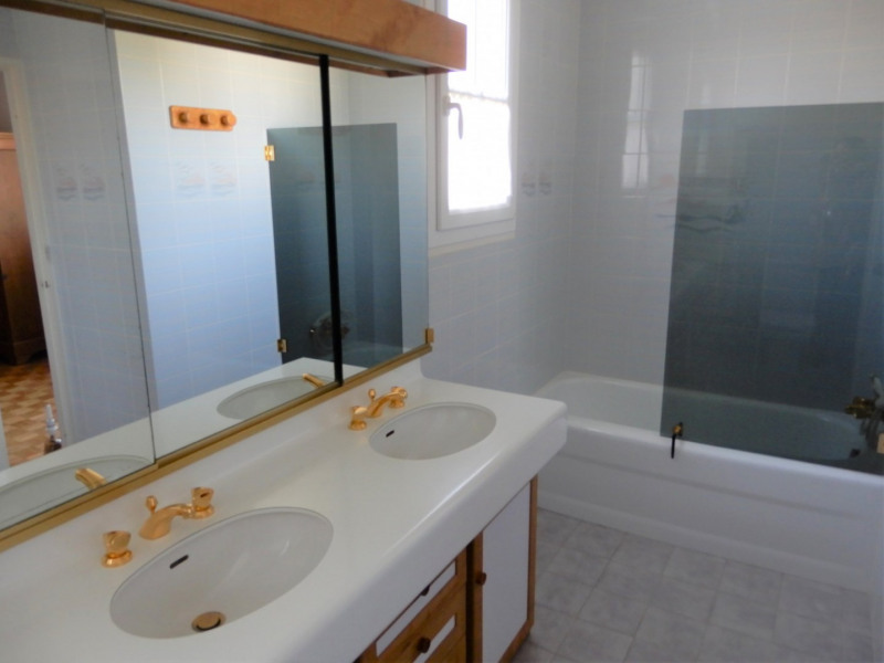 Sale house / villa Mennecy 449000€ - Picture 7
