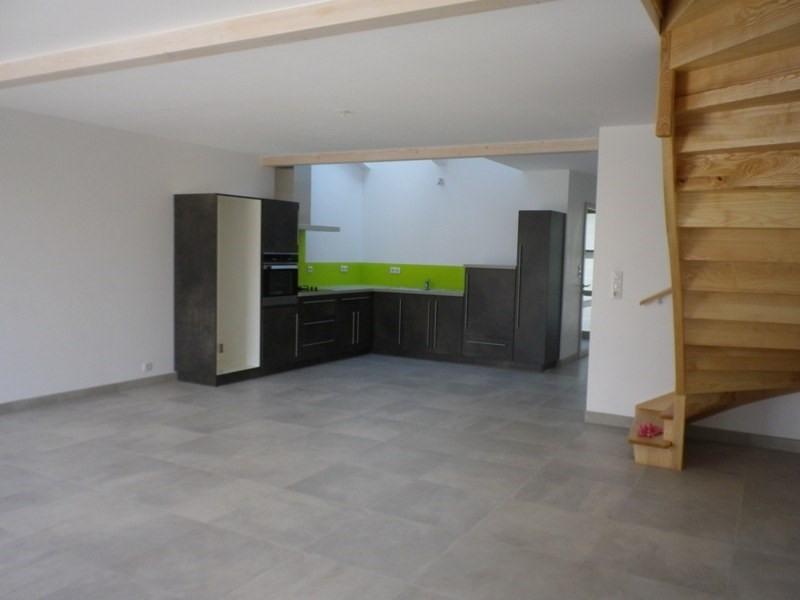 Location maison / villa Mauves sur loire 941€ CC - Photo 3