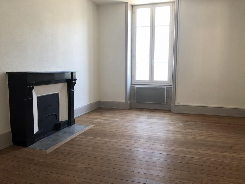 Location appartement Ste colombe 700€ CC - Photo 2