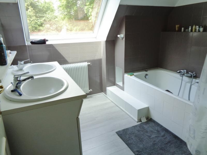 Vente de prestige maison / villa Landerneau 369200€ - Photo 9