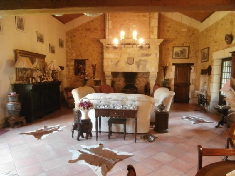 Sale house / villa Saint martin des combes 328000€ - Picture 4