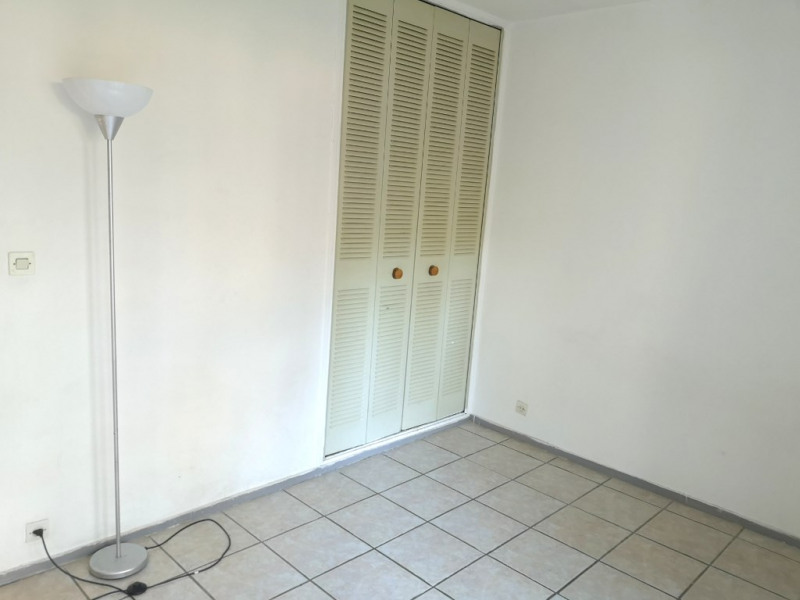 Rental apartment Aix en provence 543€ CC - Picture 2