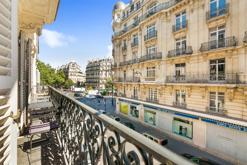 Sale apartment Paris 8ème 950 000€ - Picture 3
