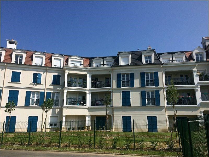 Rental apartment Yerres 1148€ CC - Picture 1