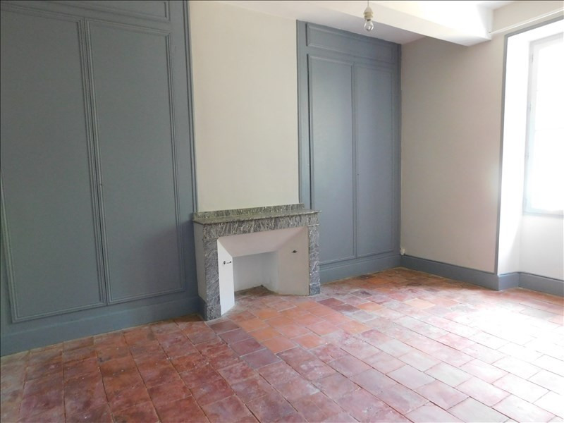 Location maison / villa Saramon 791€ CC - Photo 6