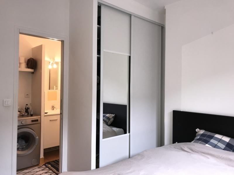 Location appartement Paris 10ème 1240€ CC - Photo 2