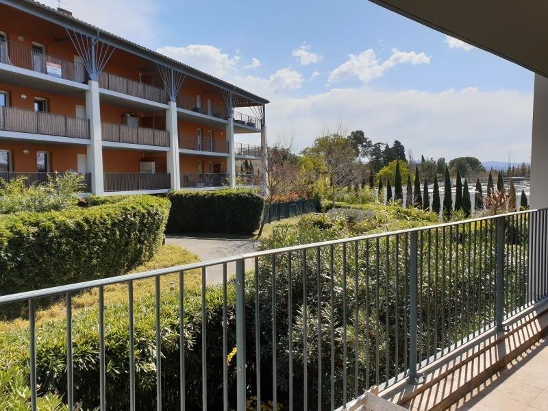 Rental apartment Aix en provence 865€ CC - Picture 1