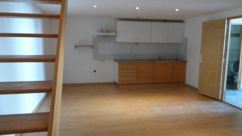 Location local commercial Cestas 1 057€ HC - Photo 2