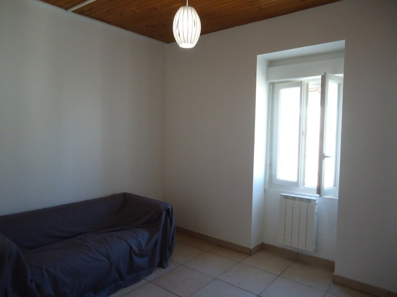 Rental apartment Bourgoin jallieu 550€ CC - Picture 5