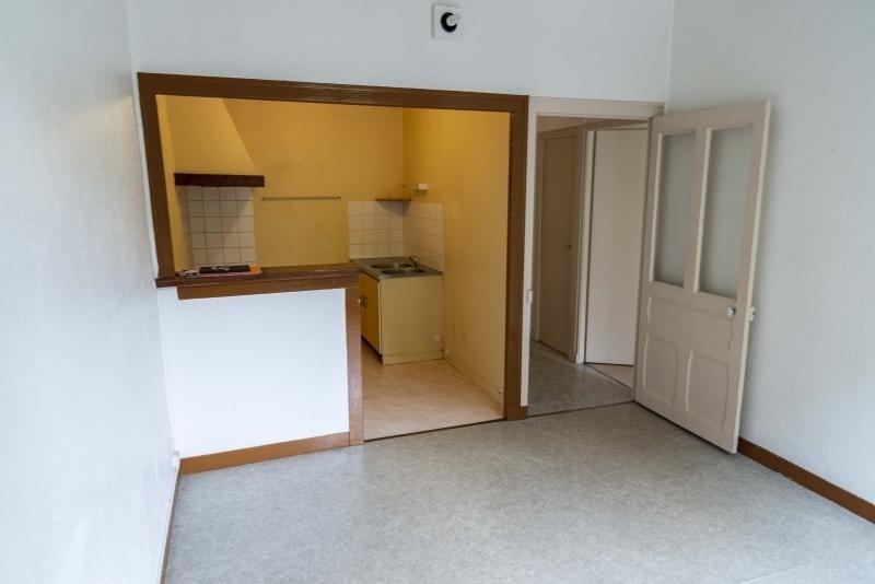 Rental apartment Nantua 299€ CC - Picture 2