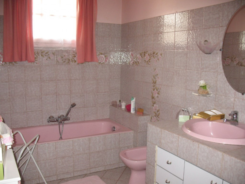 Sale house / villa Chaillevette 212500€ - Picture 9
