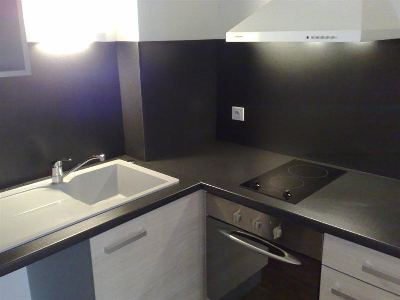 Rental apartment Saintes 579€ CC - Picture 4