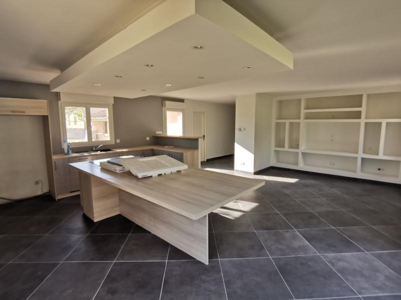 Sale house / villa Estrablin 270000€ - Picture 3
