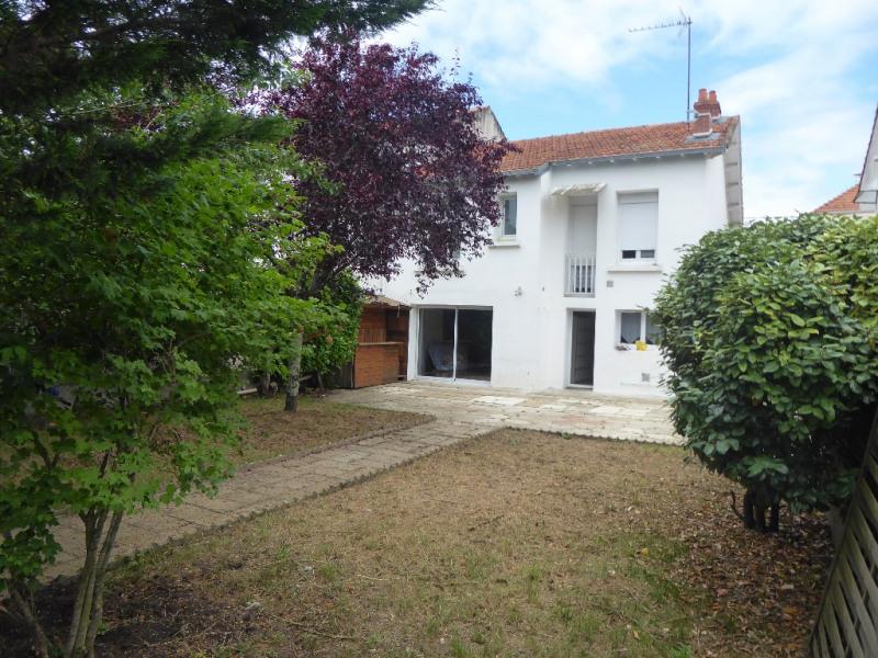 Sale building La rochelle 345000€ - Picture 1