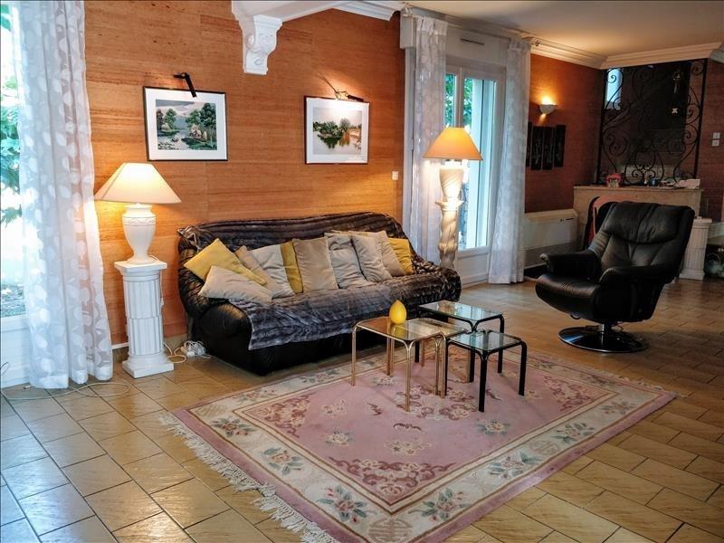 Deluxe sale house / villa Lattes 630000€ - Picture 1