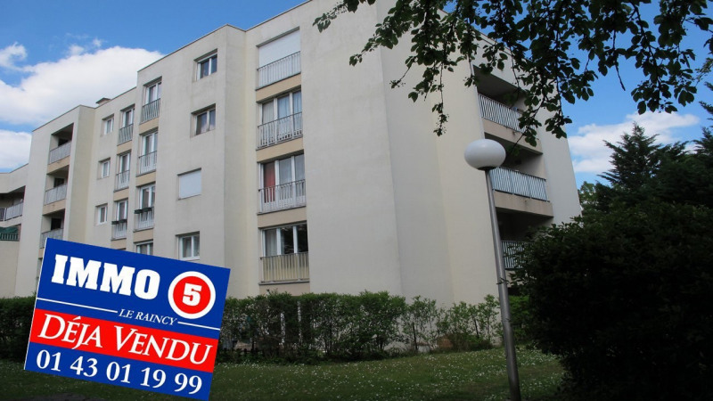 Sale apartment Villemomble 239000€ - Picture 1
