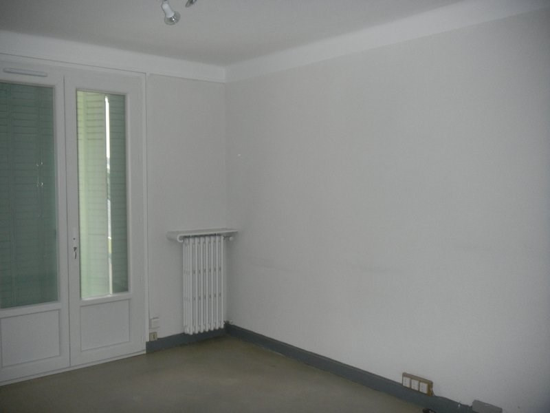 Rental apartment Tain l hermitage 670€ CC - Picture 3