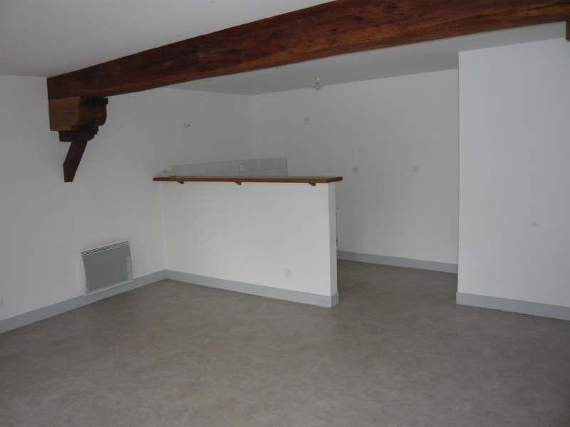 Location appartement La ferte milon 580€ CC - Photo 2