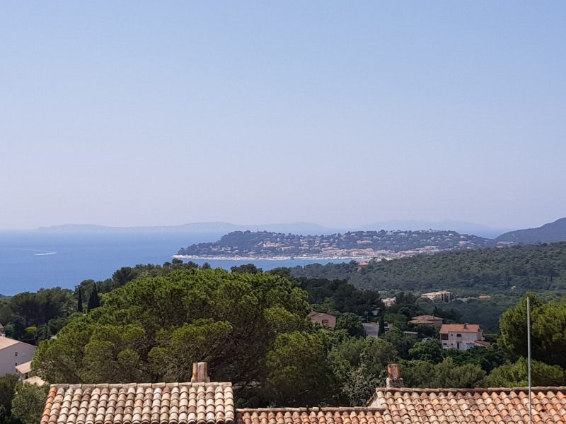 Vacation rental house / villa La croix valmer 3 000€ - Picture 1