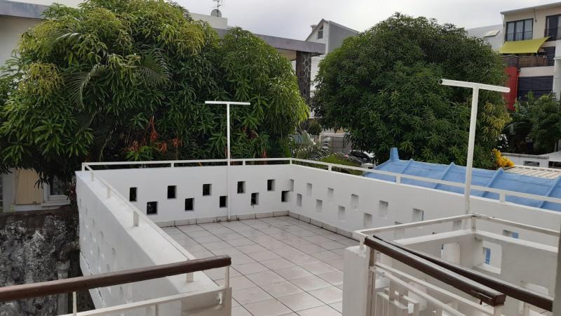 Vente maison / villa St denis 447000€ - Photo 7