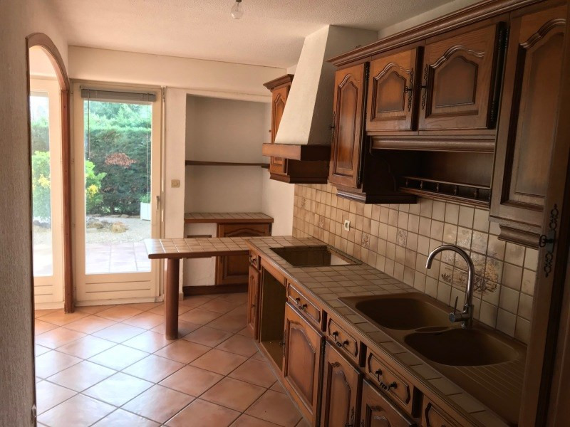 Rental apartment La seyne-sur-mer 680€ CC - Picture 2