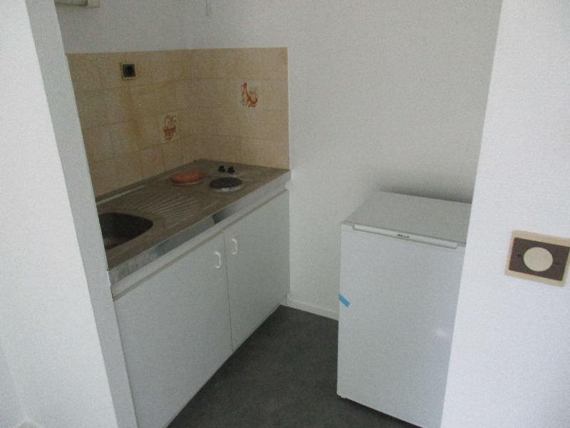 Sale apartment Nantes 107 000€ - Picture 3
