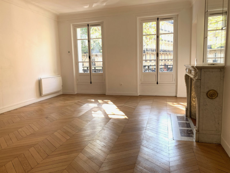 Rental apartment Paris 17ème 2 555€ CC - Picture 1