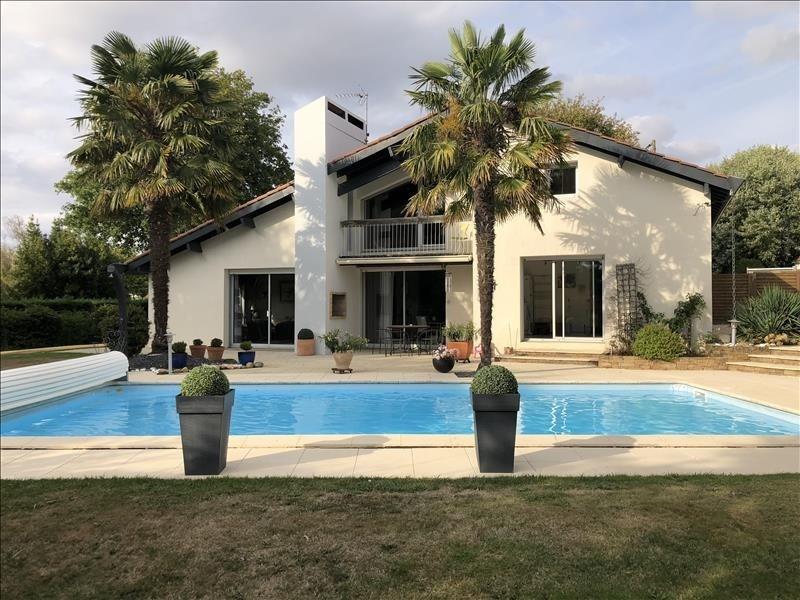 Sale house / villa St andre de la marche 367330€ - Picture 2