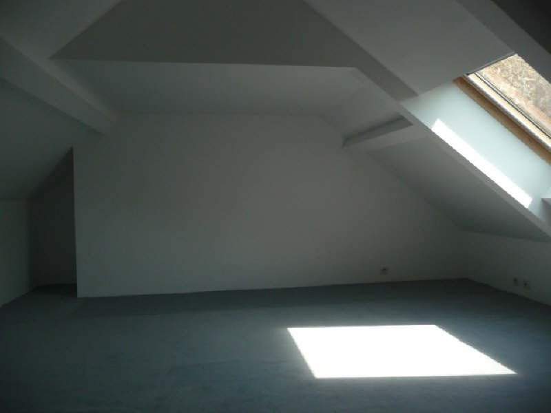Rental house / villa Le chesnay 2 120€ CC - Picture 7