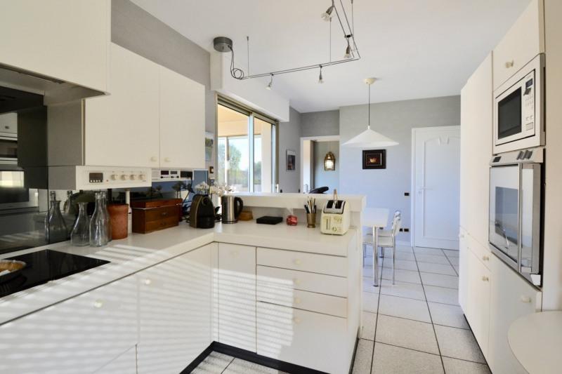 Deluxe sale house / villa Bourgoin jallieu 950000€ - Picture 8