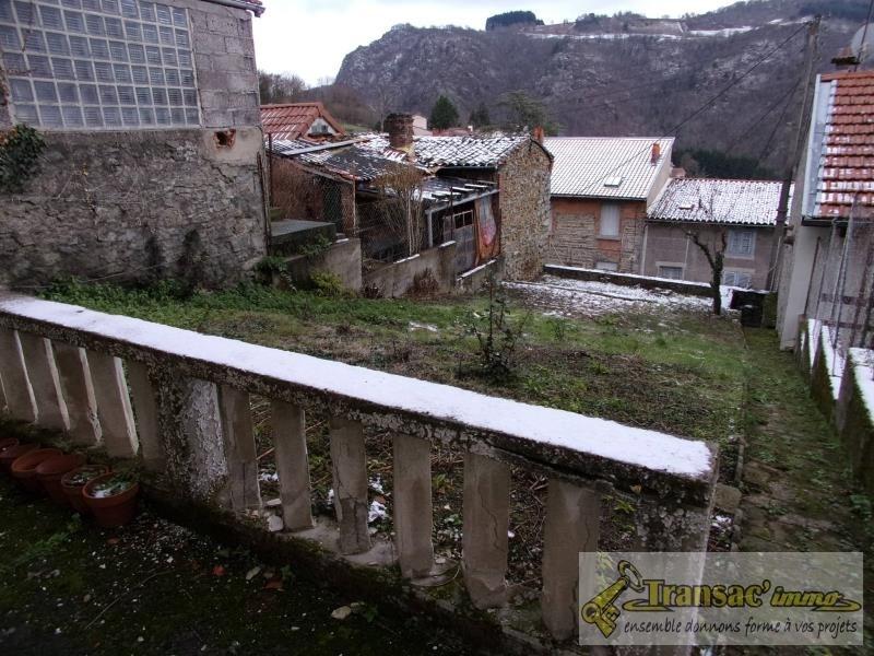 Vente maison / villa Thiers 56680€ - Photo 3