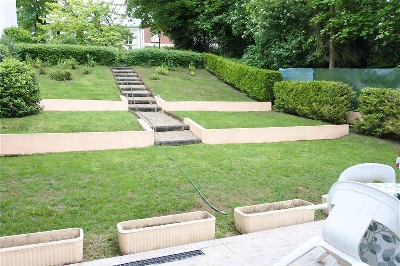 Sale house / villa St germain en laye 936000€ - Picture 2