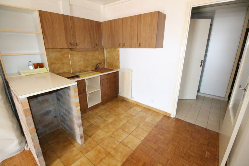 Sale apartment Fontaine 88000€ - Picture 5