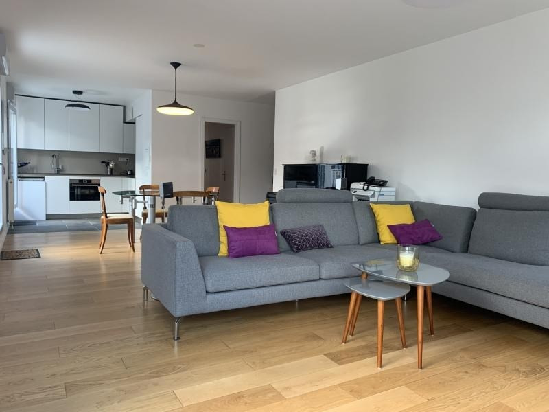 Vente de prestige appartement Paris 10ème 1 240 000€ - Photo 2