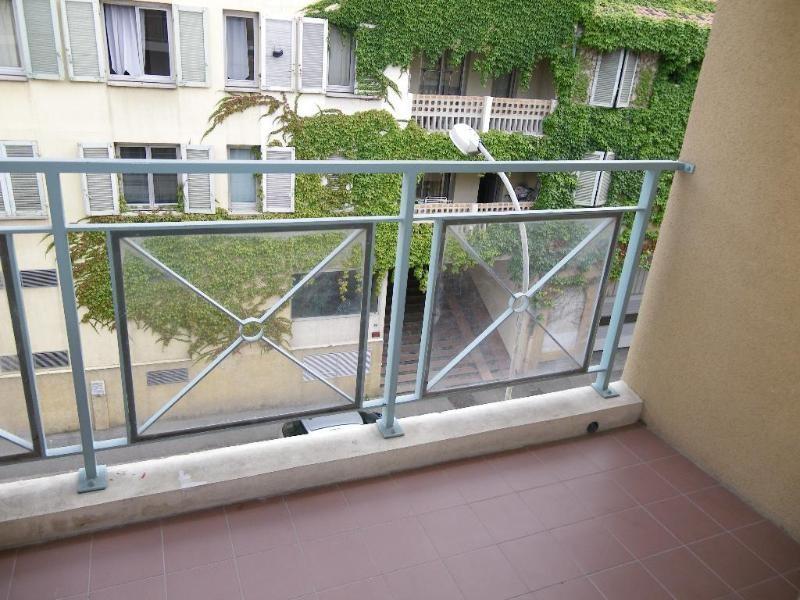 Location appartement Aix en provence 851€ CC - Photo 4