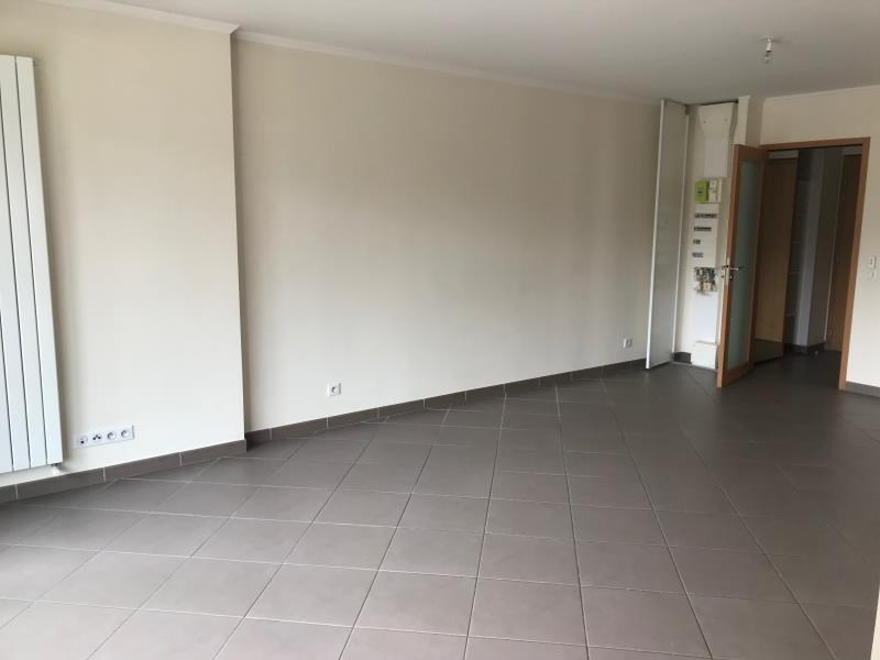 Location appartement Annecy 1 115€ CC - Photo 2