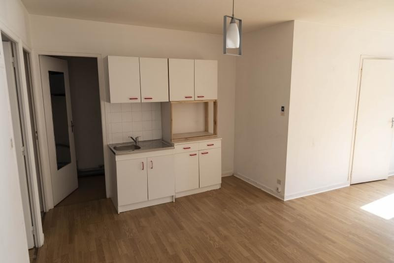 Location appartement Nantua 250€ CC - Photo 3