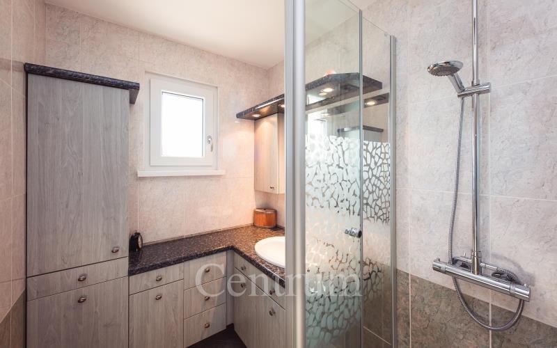 Verkoop  huis Montrequienne 279000€ - Foto 7