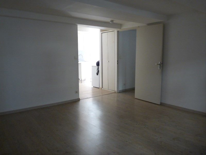 Location appartement Marseille 1er 623€ CC - Photo 3