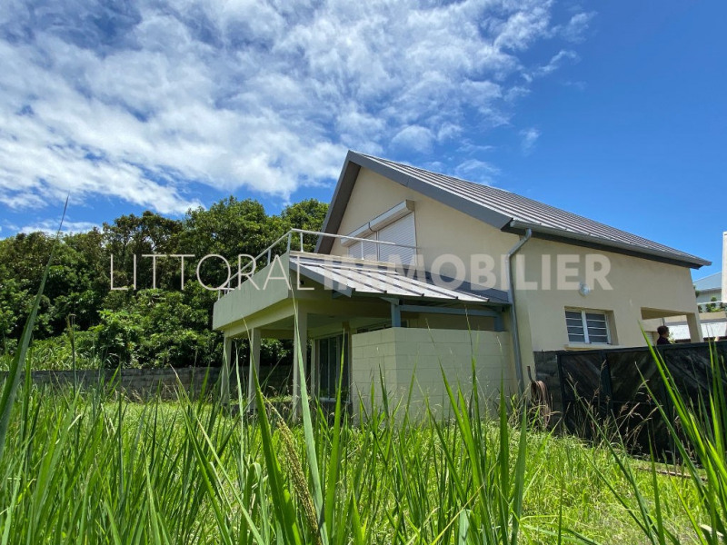 Investment property house / villa Saint benoit 267500€ - Picture 1
