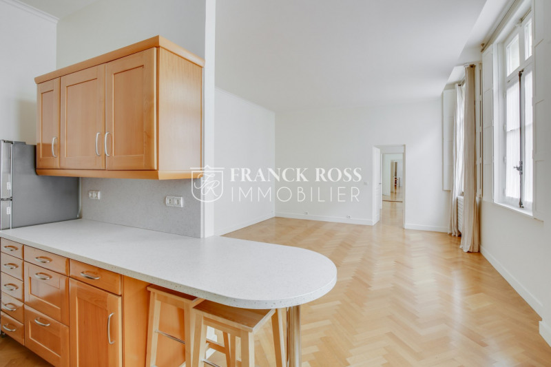 Location appartement Paris 8ème 2323€ CC - Photo 6