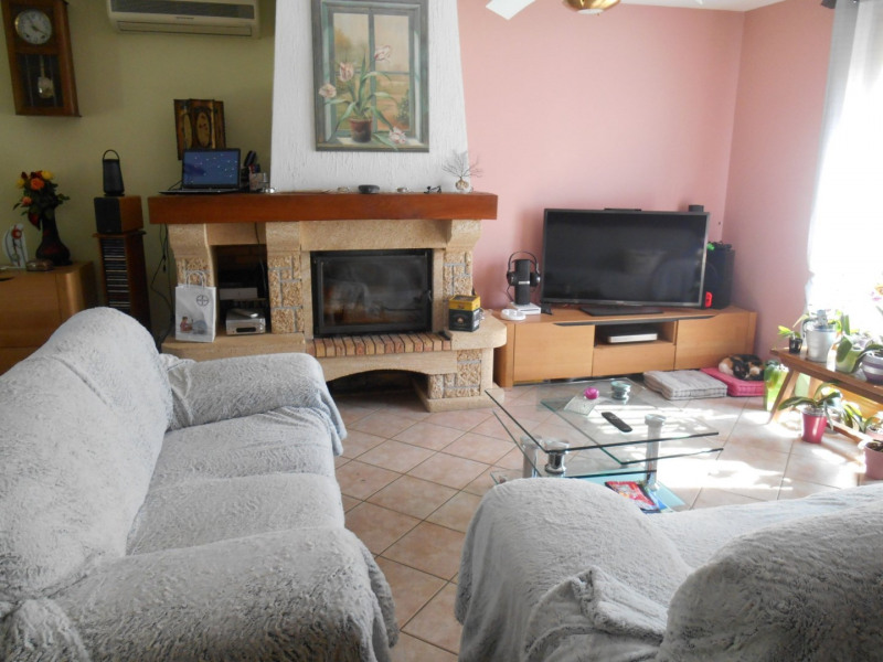 Sale house / villa La ferte sous jouarre 279 000€ - Picture 3