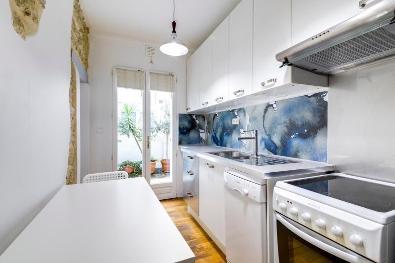 Rental apartment Paris 3ème 2250€ CC - Picture 6