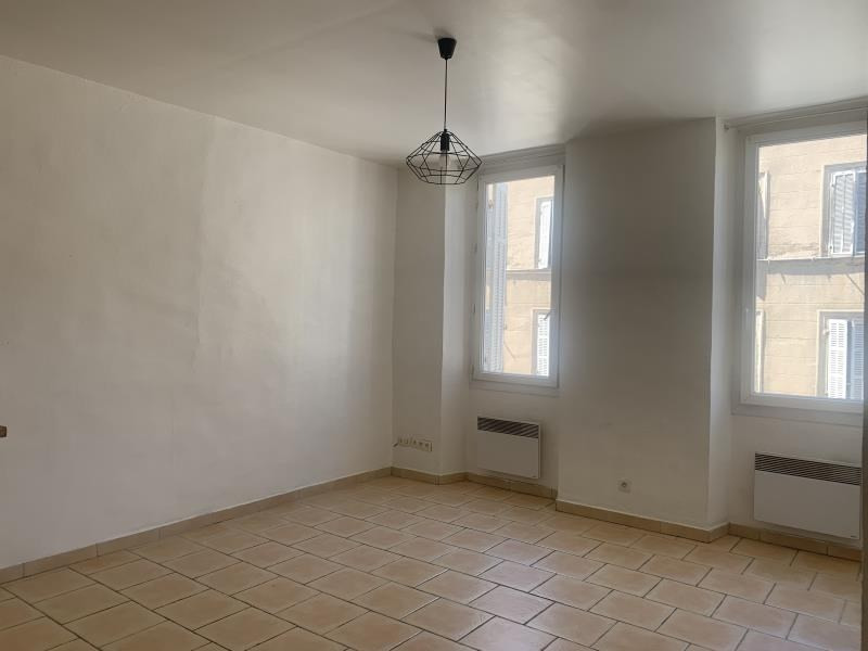Rental apartment Marseille 7ème 500€ CC - Picture 1