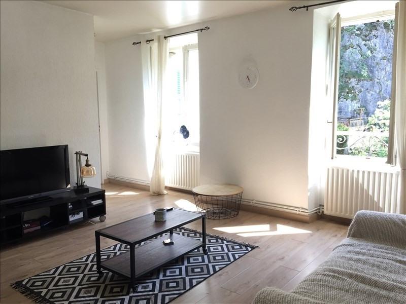 Location appartement Saint-pierre-en-faucigny 555€ CC - Photo 1