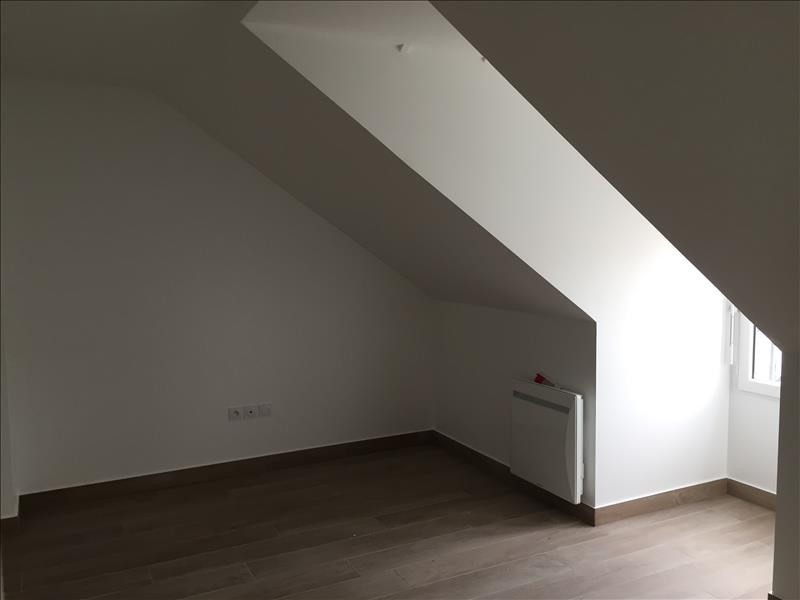 Location appartement Buc 1 136€ CC - Photo 5