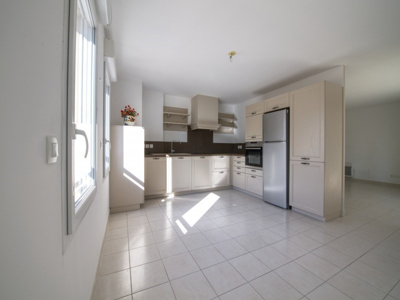 Sale apartment Saint-rémy-de-provence 325 500€ - Picture 3