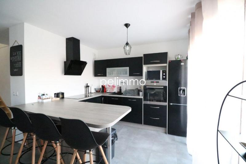 Vente maison / villa Salon de provence 315000€ - Photo 4